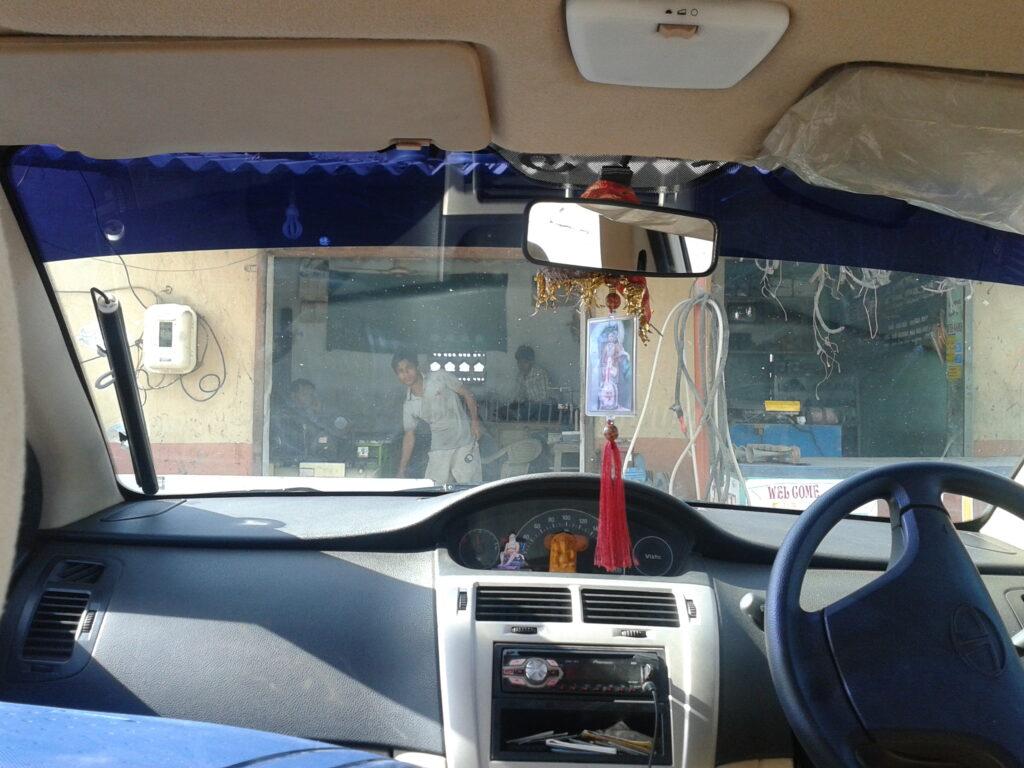La guida in India è a destra