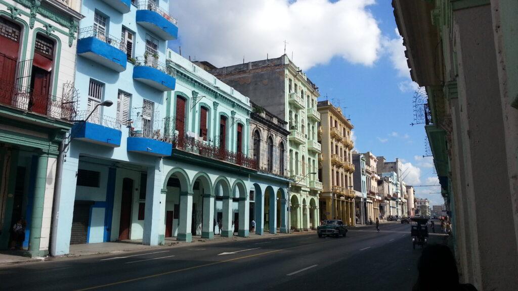 Cuba e le sue bellezze uniche: i colori tipici di L'Avana
