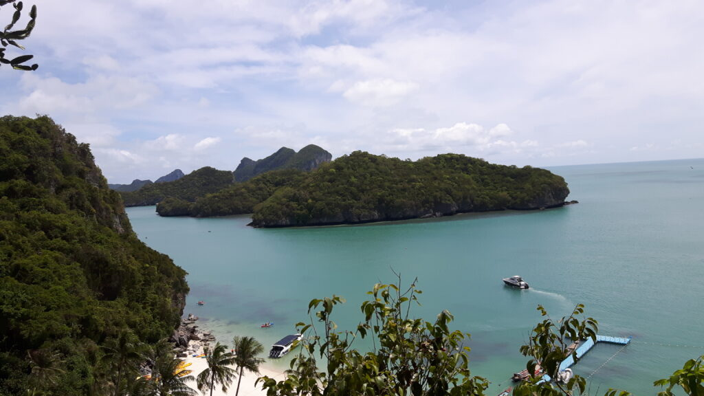 Il bellissimo parco nazionale Ang Thong