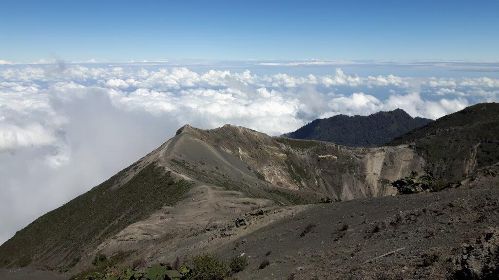 Il maestoso vulcano Irazú